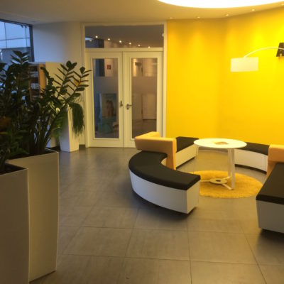 Lounge Design Ladenbau Showroom Adac Wartebereich Pos Marketing